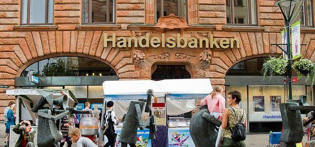 Swedish bank handelsbanken opens head office in yorkshire for Amazon sweden office