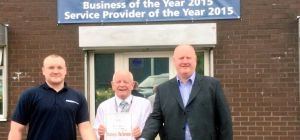 Challenger Site Services Partner, Shaun Allen with Operations Manager Robert Allen and Willow Wood H