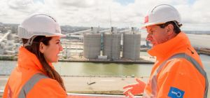 Luciana Berger MP (left) with Peel Ports' Warren Marshall
